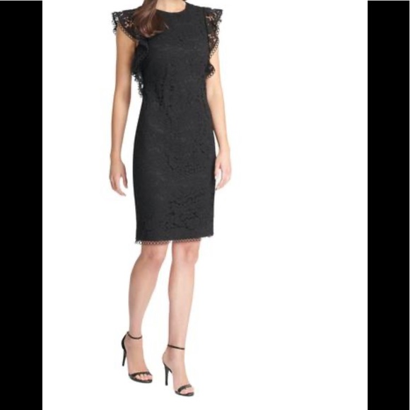 Vince Camuto Dresses & Skirts - Vince Camuto Women's Lace Ruffled dress